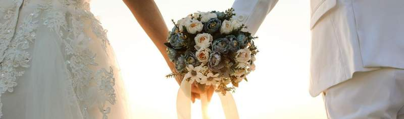 Albertsons makes debi lilly wedding flowers available online