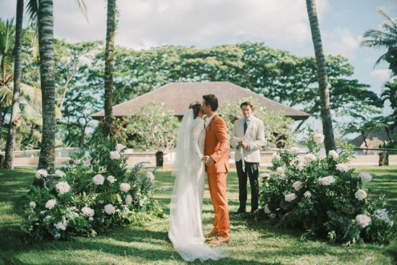 Sustainable Wedding Brands For Your Eco-Friendly Celebration