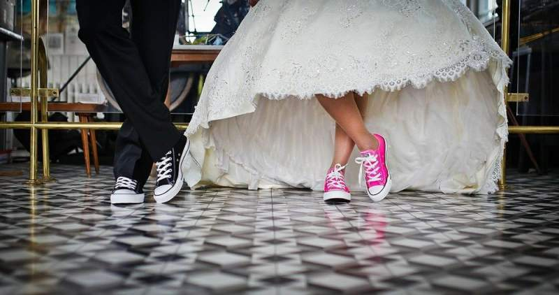 Stores and brands should expect wedding shopping frenzy