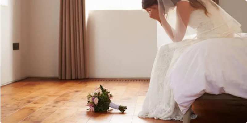 Couples are being told to cancel their wedding if pinged by the NHS app