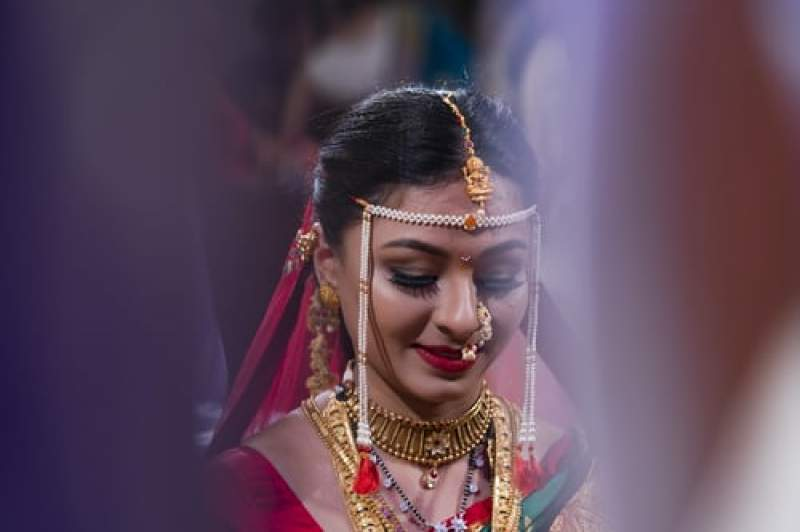 Modern Ways in Which Marathi Couples are Embracing Wedding Traditions