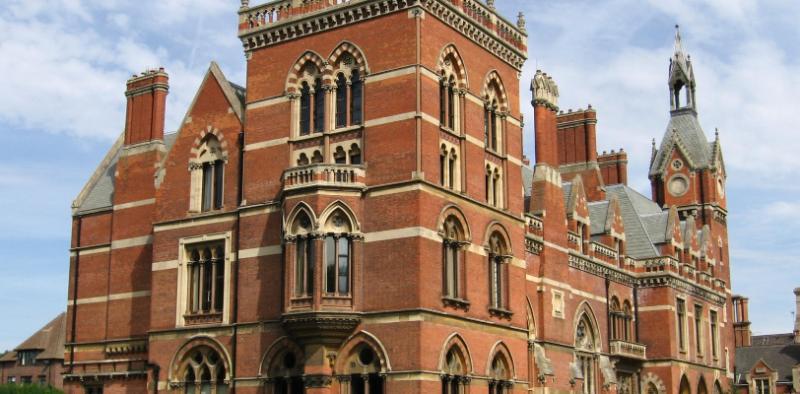 Victorian wedding venue calls in administrators