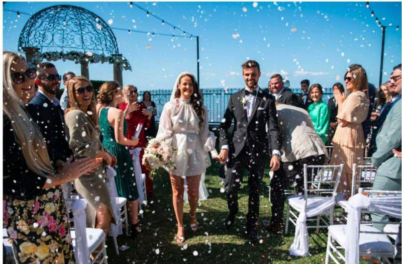 Raby Bay couple fast-tracks wedding to beat Queensland's latest lockdown