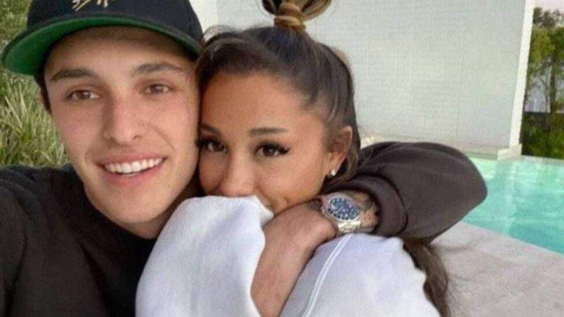 Ariana Grande wedding pictures: Di American musician post photos of wen she tie di knot with Dalton Gomez