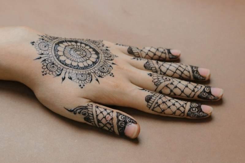 Choosing Traditional Mehndi Designs For Your Wedding