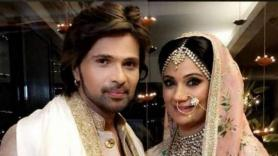 Himesh Reshammiya celebrates first wedding anniversary with wife Sonia Kapoor in Scotland, shares adorable pic