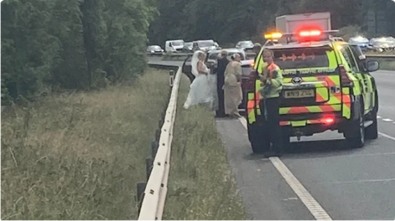 Bride stranded after breaking down on way to wedding
