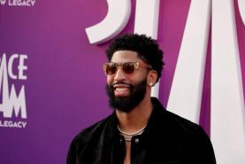 Lakers news: The best tweets from Anthony Davis' wedding