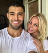Spears discusses her wedding destination with Sam Asghari; solicits fan suggestions