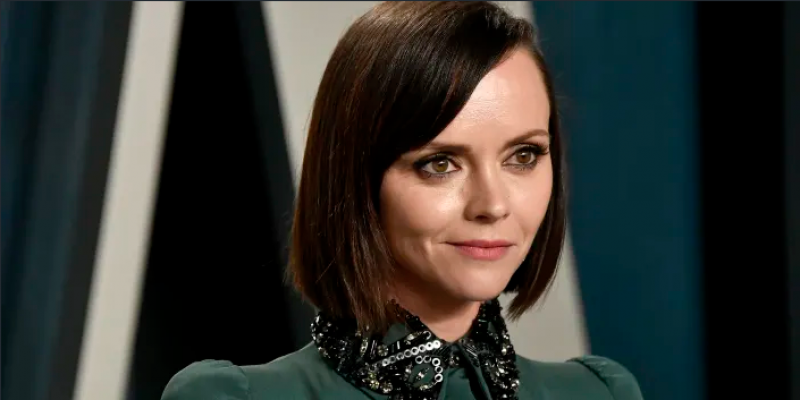 Christina Ricci is married! See her laidback wedding-day look